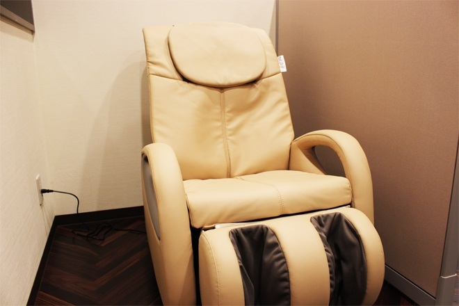 かづる鍼灸整骨院のマッサージチェア